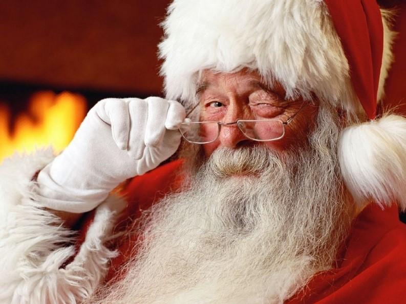 9 Reasons Santa was Maybe (Definitely) a Publicist in a Former Life