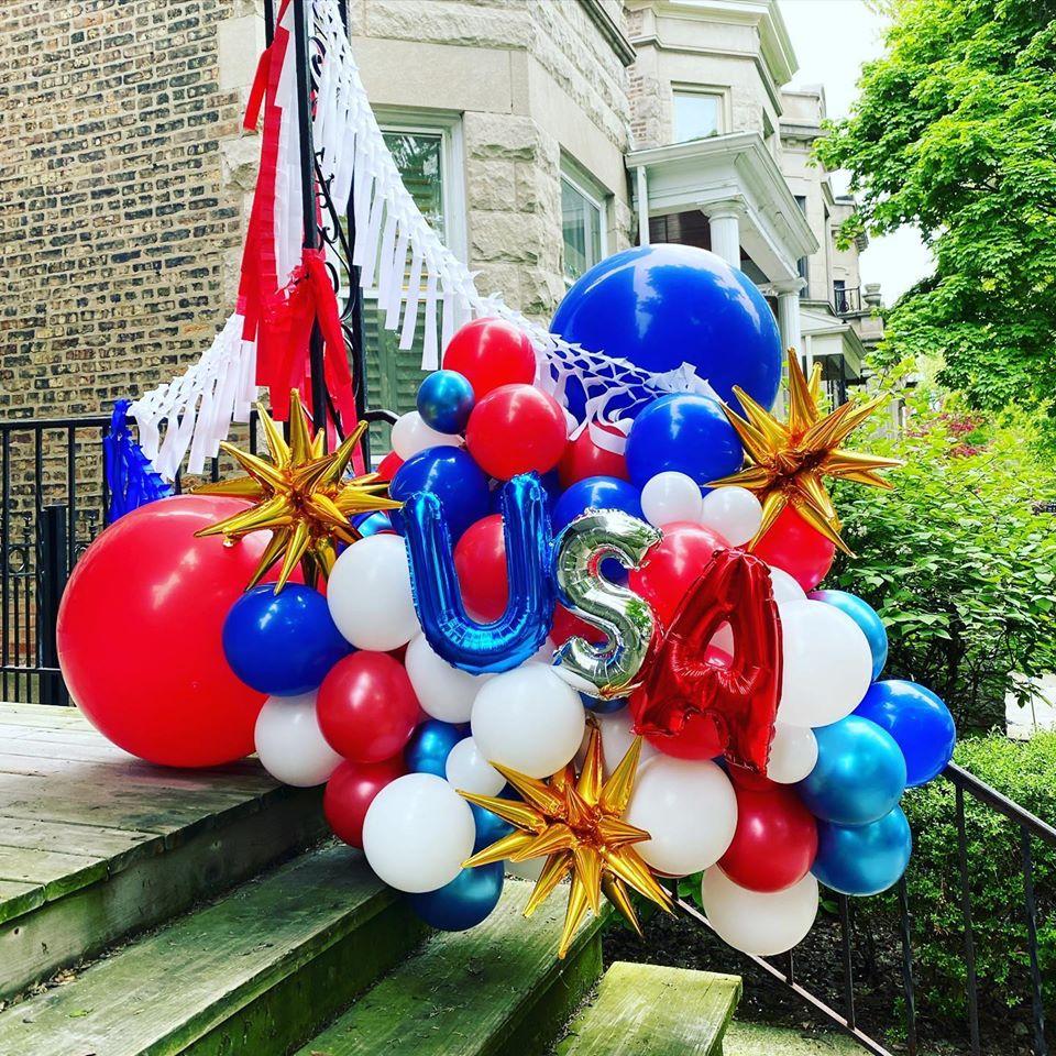 outdoor balloon arrangement